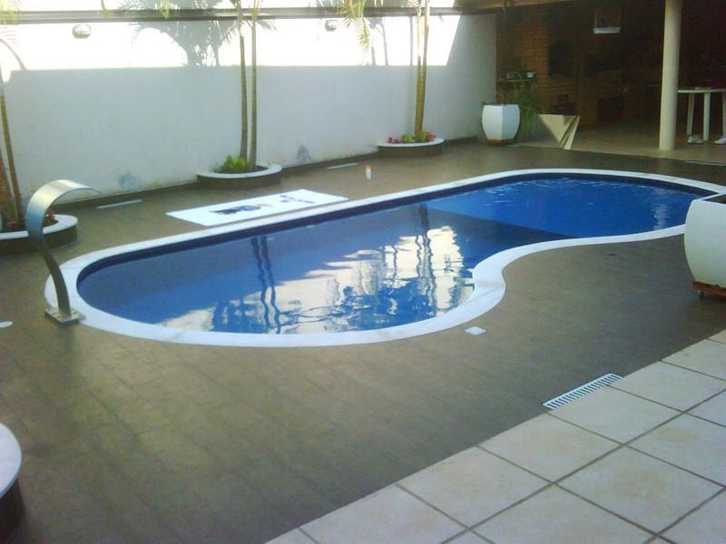 kolam renang moderen